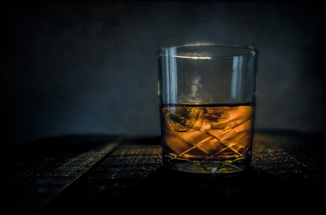 https://www.badel1862.com.mk/wp-content/uploads/2015/04/whiskey-315178_640-1.jpg